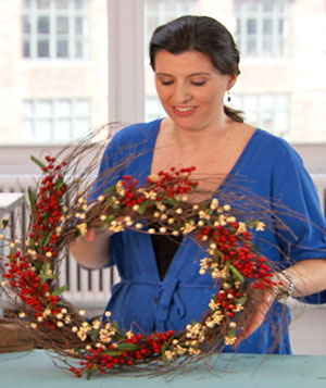 How To: Make a Holiday Wreath