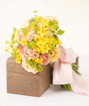 Yellow and green wedding flowers real simple yellow narcissus mightylinksfo