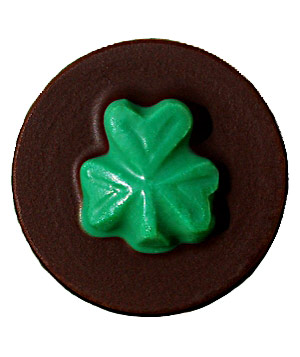 Sweet Expertise chocolate-covered oreos with shamrock design