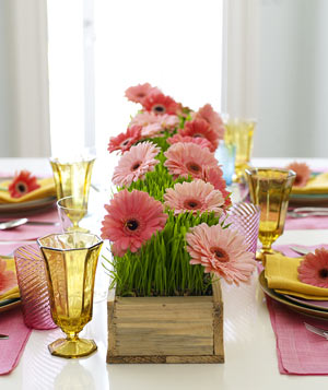 Flowerbed table runner