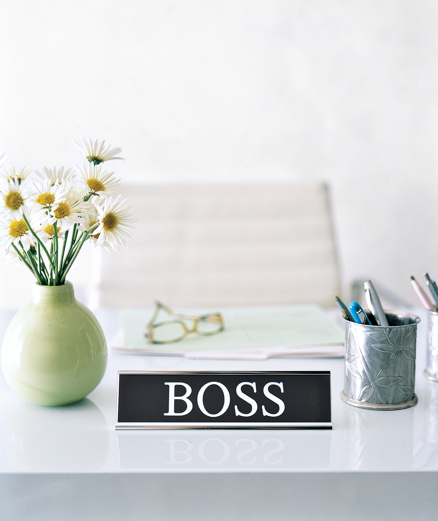 """Things Get Messy When I Take My """"Boss Act"""" Home"""