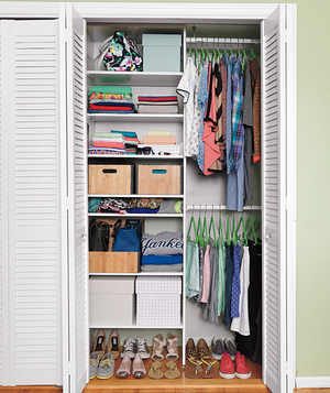 bedroom closet organized with grid - How To Make Your Room Organized