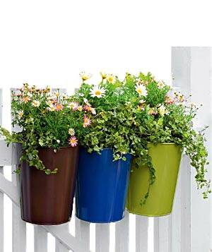 Self-watering pail planters