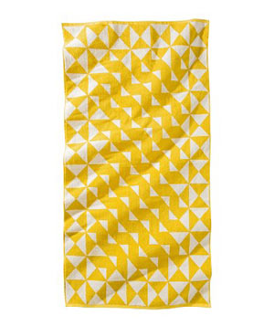 8 Patterned Beach Towels