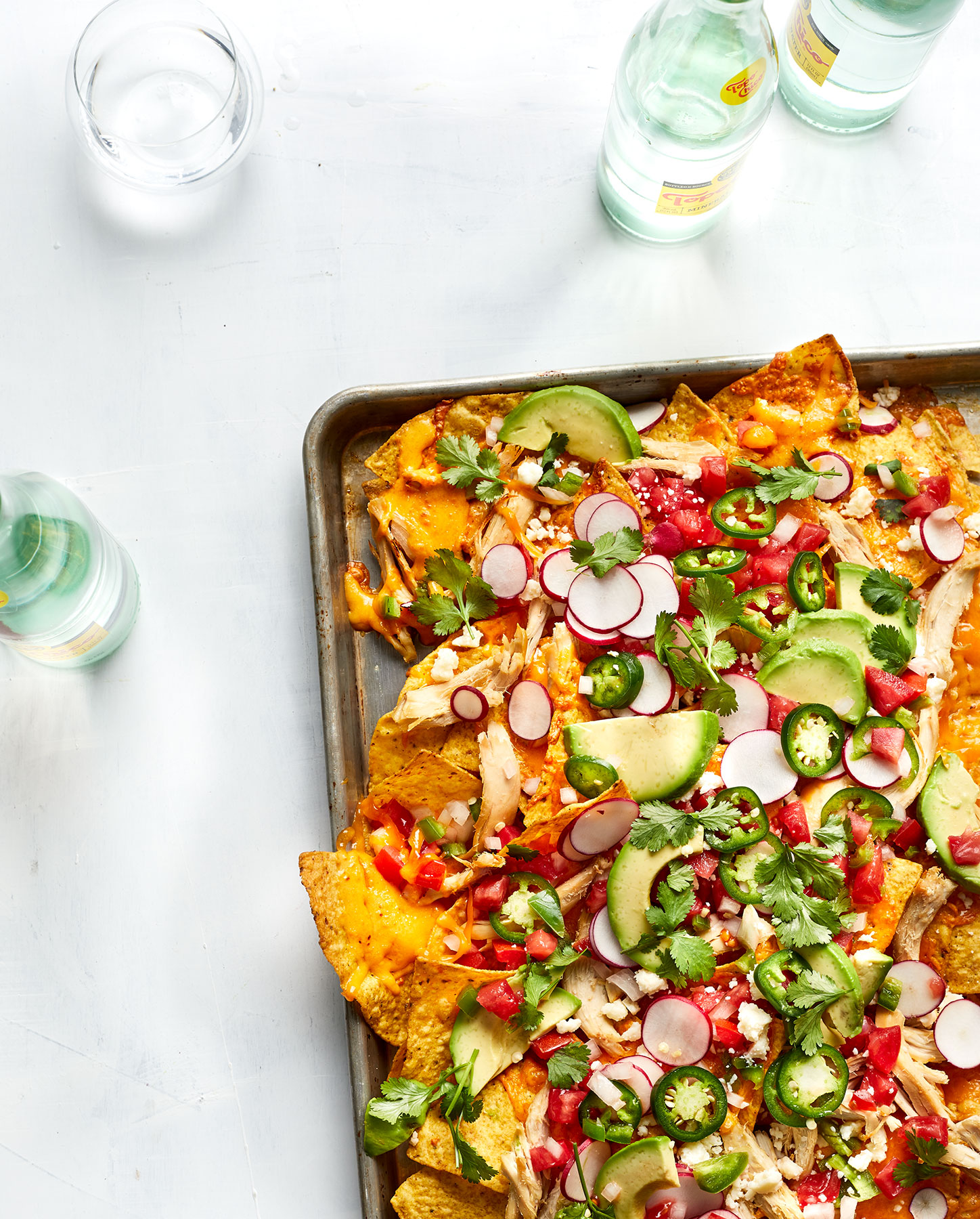 Cheesy Chicken Nachos Recipe