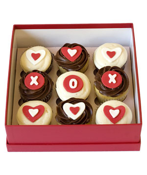 Tea Cake Bake Shop XO heart cupcakes