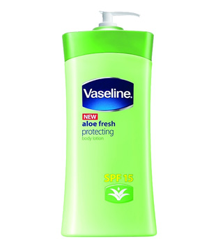 Vaseline Aloe Fresh Protecting Lotion with SPF 15