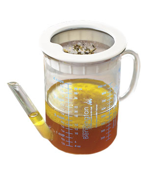 Williams-Sonoma Gravy Separator