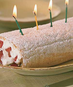 Strawberry Long-Cake Roll