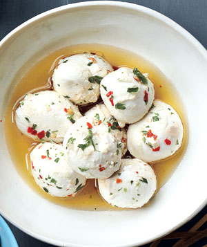 Bocconcini With Olive Oil, Crushed Red Pepper, and Herbs