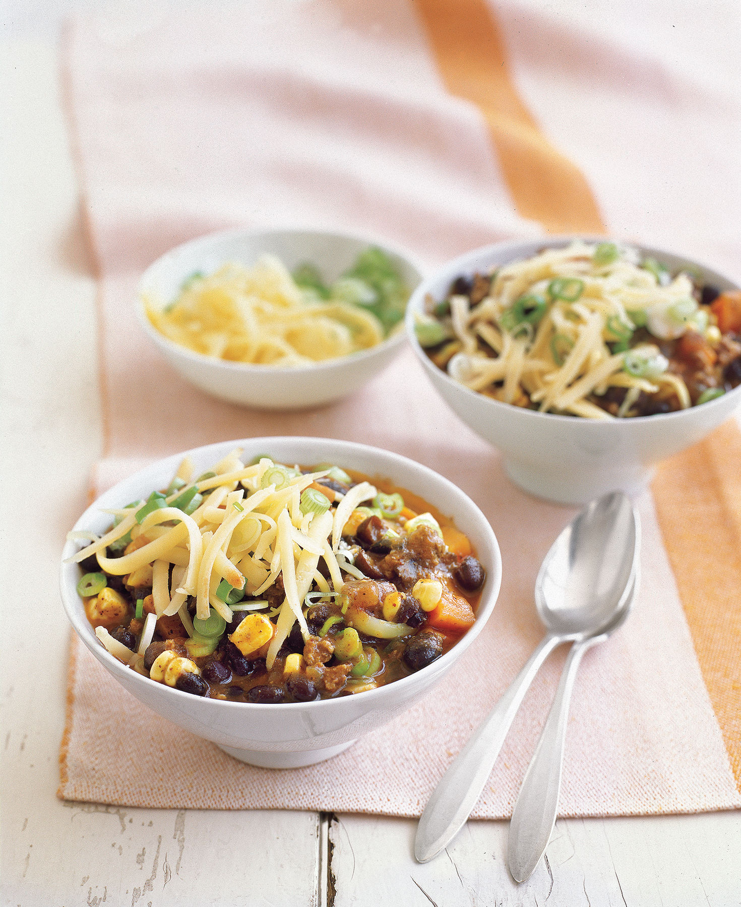 Quick Dinner Ideas: Southwestern Beef Chili With Corn