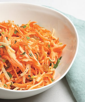 Carrot and Apple Slaw With Raisins