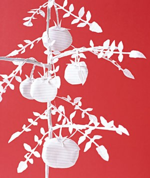 Paper construction of tomato plant by Matthew Sporzynski