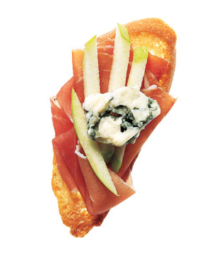 Prosciutto and Gorgonzola Crostini