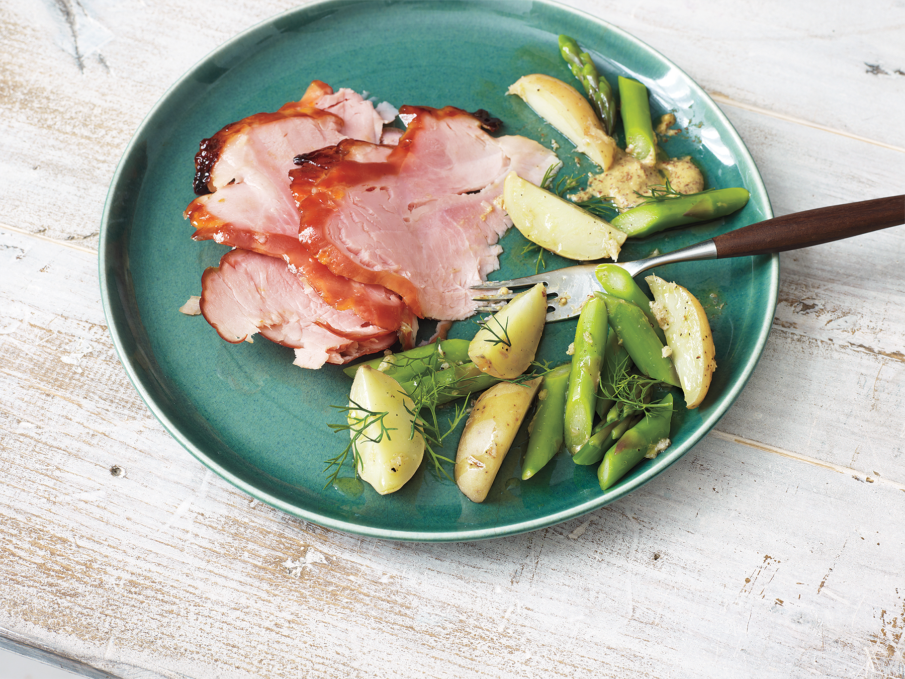 Apricot-Glazed Ham With Potatoes and Asparagus