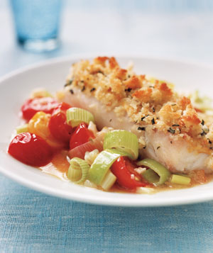 Crispy Fish With Tomato and Leek Saute