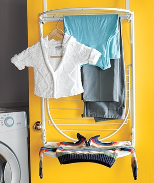 Laundryroom drying rack