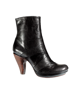 Chie Mihara leather boot