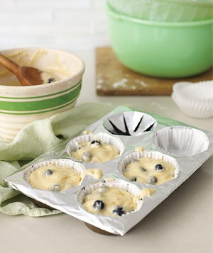 Aluminum Foil as Muffin Tin Liner