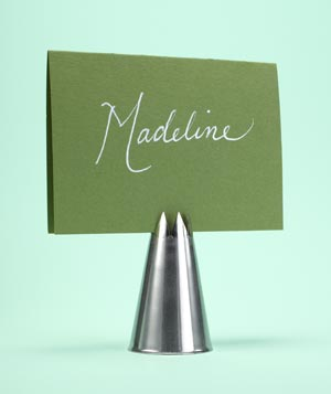 Pastry tip as place card
