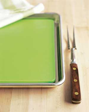 Jelly-roll pan for carving turkey