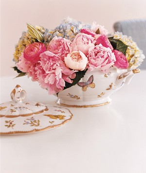 Soup tureen used as centerpiece