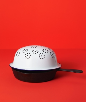 Colander as Splatter Blocker