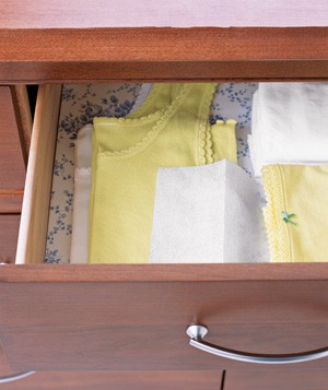 Dryer sheet used as drawer freshener