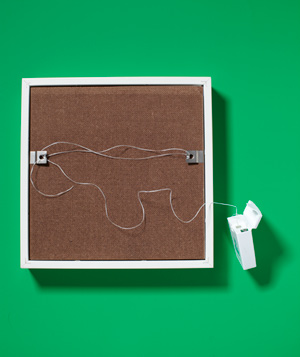 Dental Floss as Picture Hanger