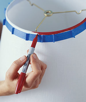Decorating a lampshade with a sharpie marker
