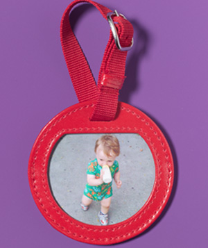 Luggage Tag as Portable Photo Frame