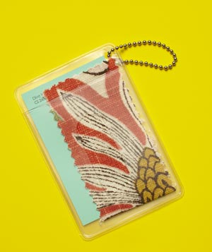 Luggage Tag as Decorating Aid