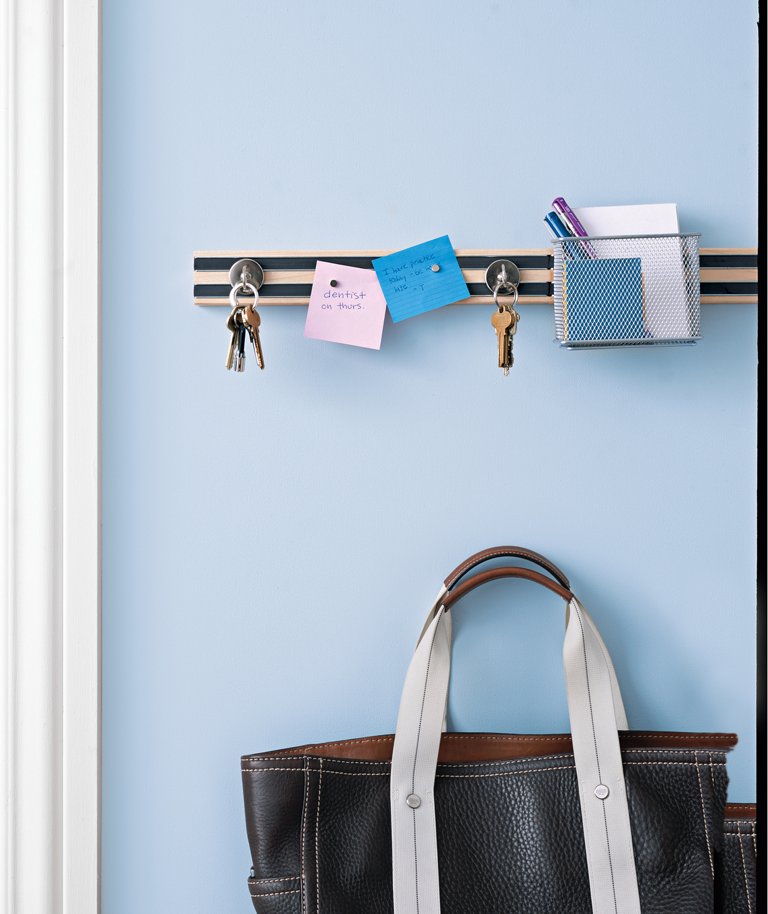 New Uses For Things In Your Home Office Real Simple Repurposed Circuit Boards Recycled Board Clipboards Hanging Keys