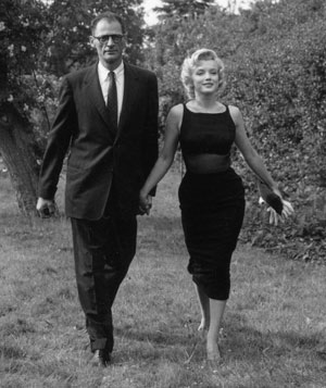 Marilyn Monroe black dress