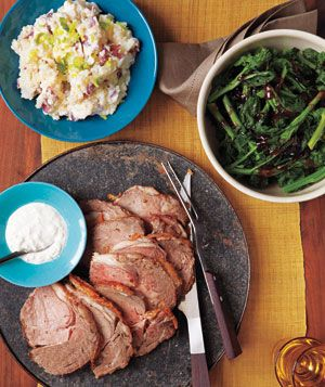 Peppered Roast Beef With Horseradish Sauce, Sour Cream Mashed Potatoes, and Broccoli Rabe With Red Currant Sauce