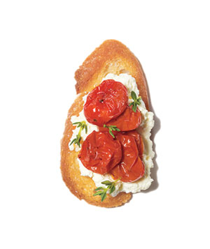 Ricotta and roasted tomato crostini