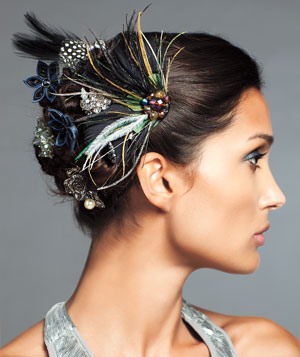 Model wearing Radokri Elizaveta feather hair piece, Night Storm Kanzashi-Flower bobby pins, Ann Taylor hair ties, and Urban Outfitters clip