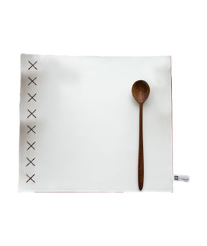 Crosses Leather Placemats Simplemente Blanco