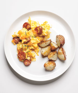 Scrambled Eggs With Chorizo and Onions