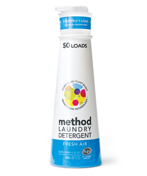 Method pumpable laundry detergent