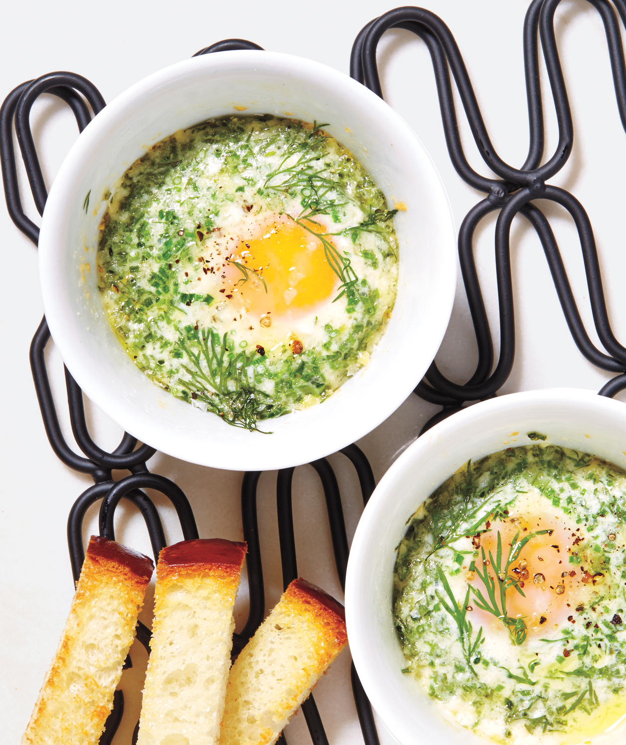 9 Rules for a Foolproof Mother's Day Breakfast in Bed