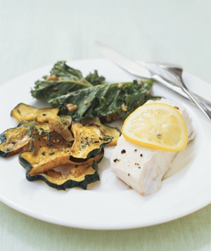 Steamed Halibut With Kale and Walnuts