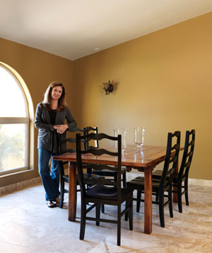 Tami's Spanish rustic dining room before the makeover