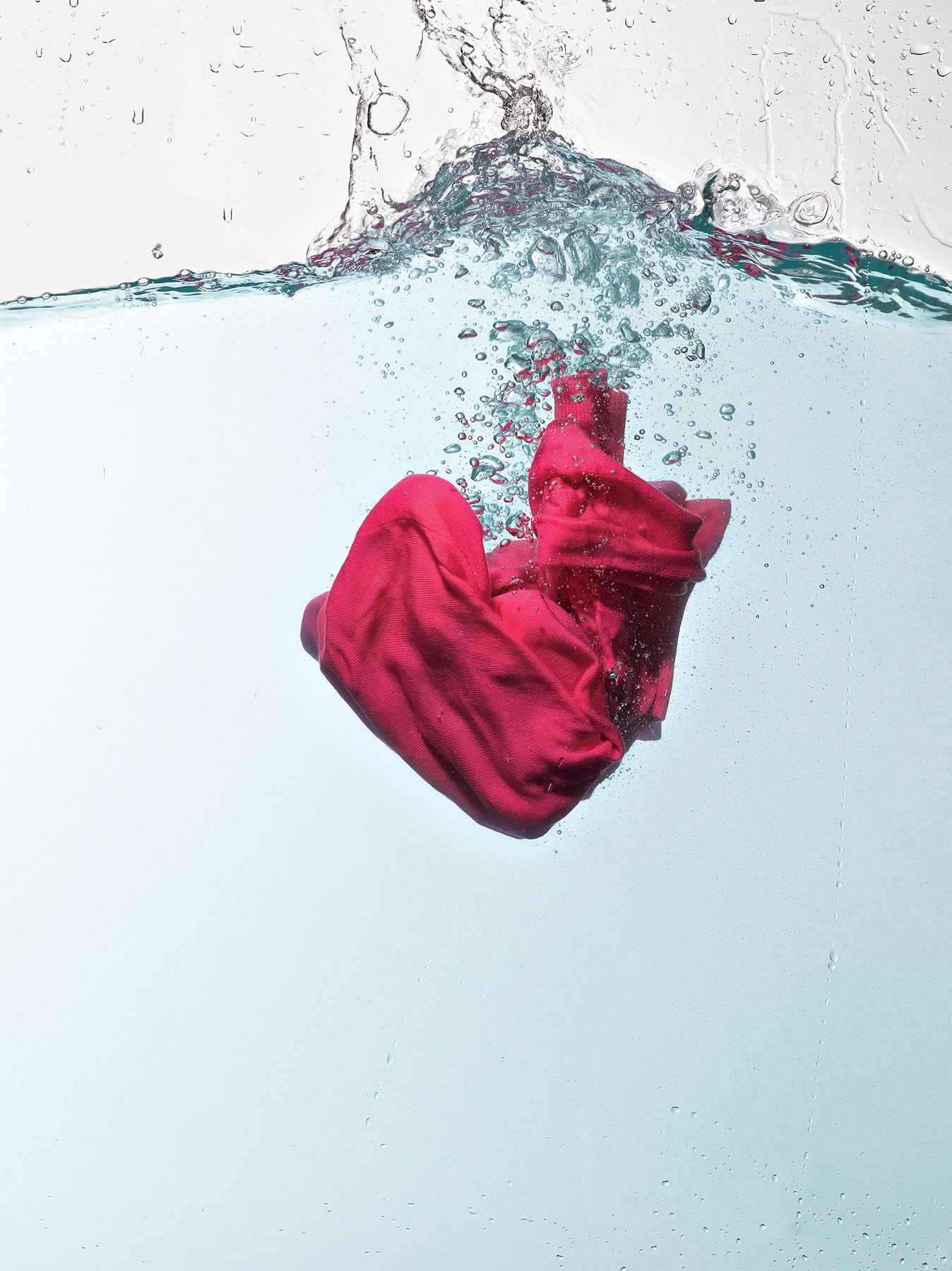 Ask Real Simple Does Washing Clothes In Cold Water Really Get Them