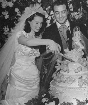 Gloria Vanderbilt and Pasquale di Cicco on their wedding day
