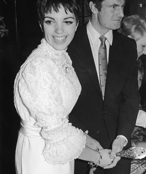 Liza Minnelli in wedding dress