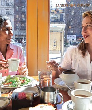 2 women having lunch together