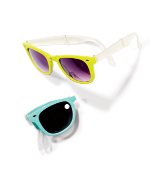 American Eagle Outfitters Plastic Sunglasses