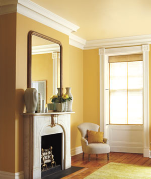 Gold, butter and cream decorated room