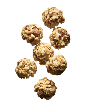 7 Nature Valley Granola Nut Clusters